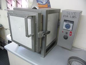 加熱に使用される電気炉