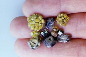 図14:大粒のダイヤモンド結晶
