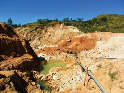 Bhone Myint Aung ルビー鉱山