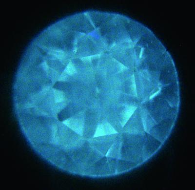 図14:紫外線ルミネッセンス像
