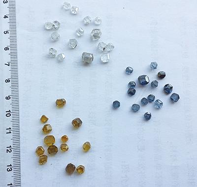 図11.中烏新材のIb、IIa、IIb型ダイヤモンド単結晶