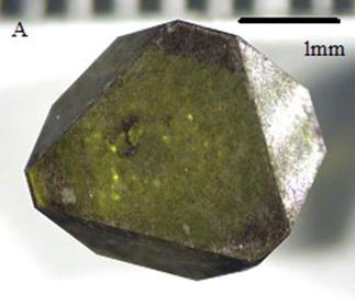 図5.高濃度窒素含有のダイヤモンド単結晶