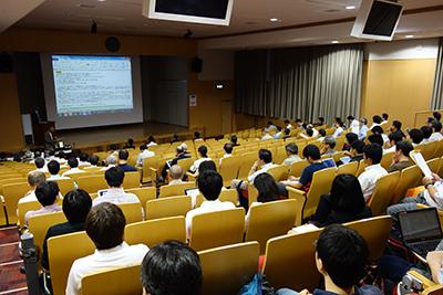 日本鉱物科学会総会の様子