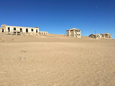 砂漠に埋もれた町コールマンスコップ2