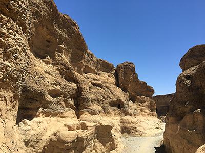 セスリウム渓谷内部