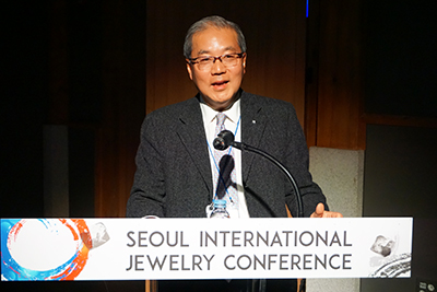 図5:Diamond Federation of Hong KongのLawrence Ma氏による講演