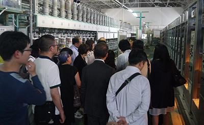 写真11 工場見学の様子(写真提供:ルビカ工業株式会社)