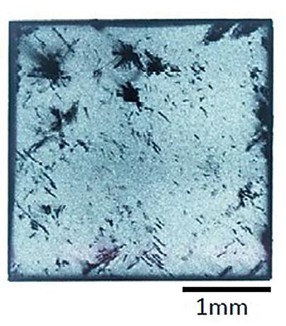図8 − a)市販CVD結晶1(薄厚)
