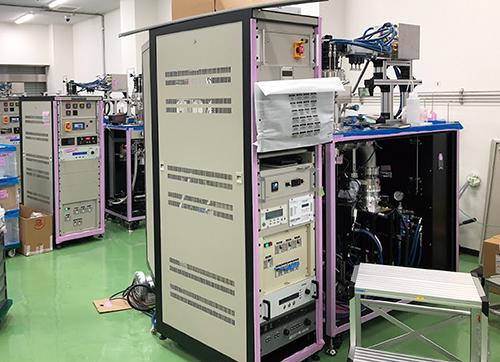 Fig. 7 マイクロ波CVD装置: コーンズテクノロジー(株)提供